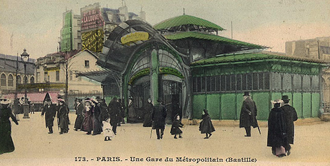 station de métro « Bastille », Paris