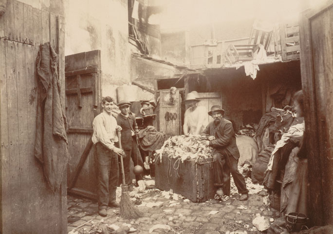 Les zoniers sous les toits de paris for Arrondissement porte d italie