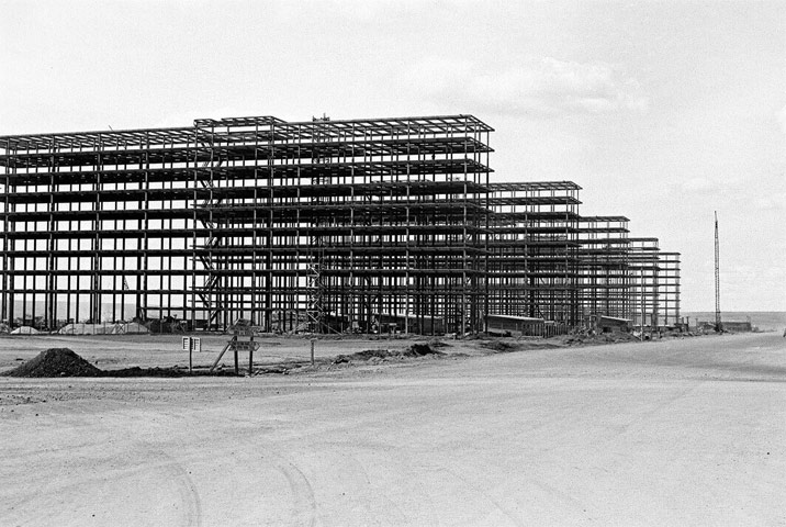 Construction of the Ministries Esplanade - Anonymous