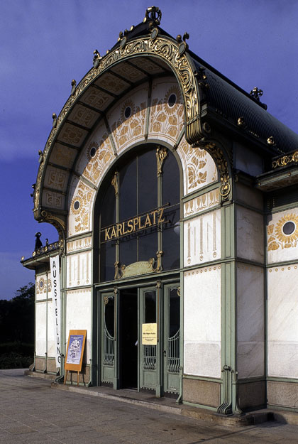 Entrance to Karlsplatz station, Vienna